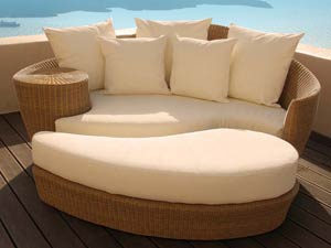 Dune Daybed and Ottoman with Pillows By Barlow Tyrie and Vladimir Kagan :  dirdriks daybed outdoor furniture barlow tyrie