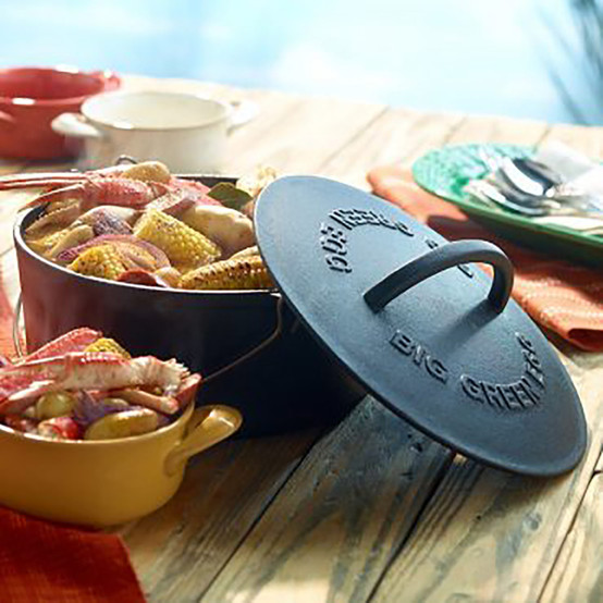 Professional Grade Cast Iron Dutch Oven With Lid