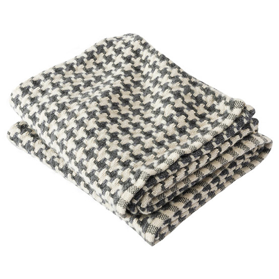Chunky Houndstooth Day Blanket in Slate/Natural