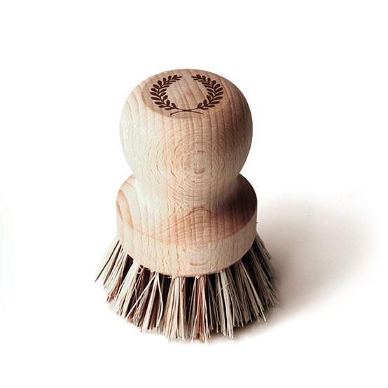 Laurel Pot Brush