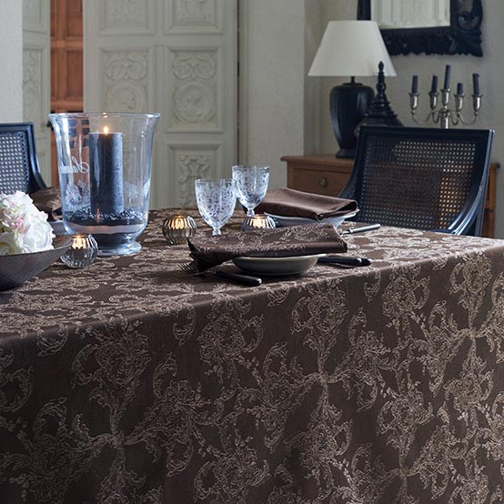 Mille Äternel Cotton Tablecloth in Ebene