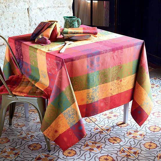 Mille Alcees Coated Tablecloth in Litchi