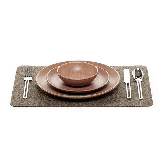 Placemat in Ash Brown Felt