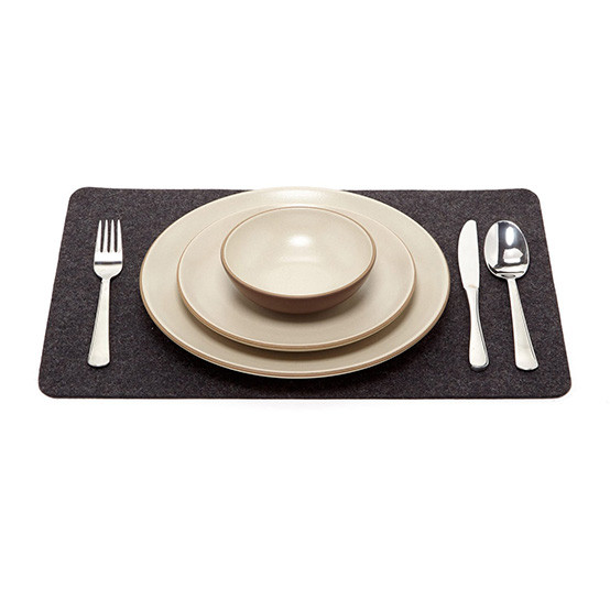 Placemat in Charcoal Felt