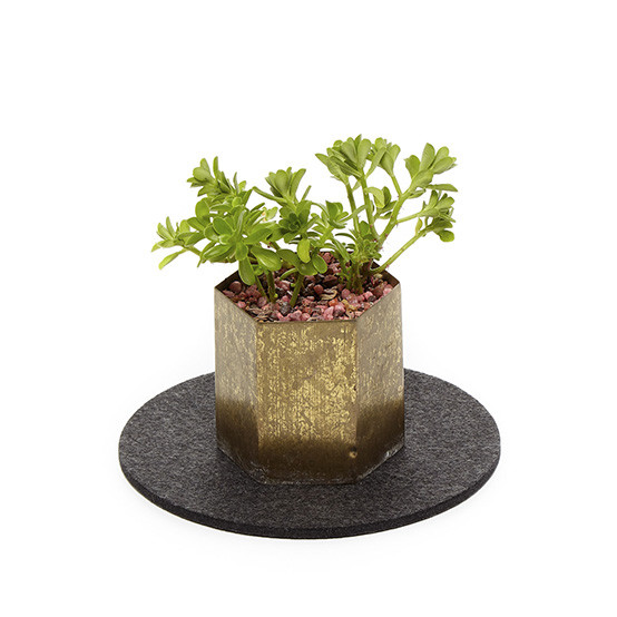 """8"""" Round Trivet in Charcoal"""
