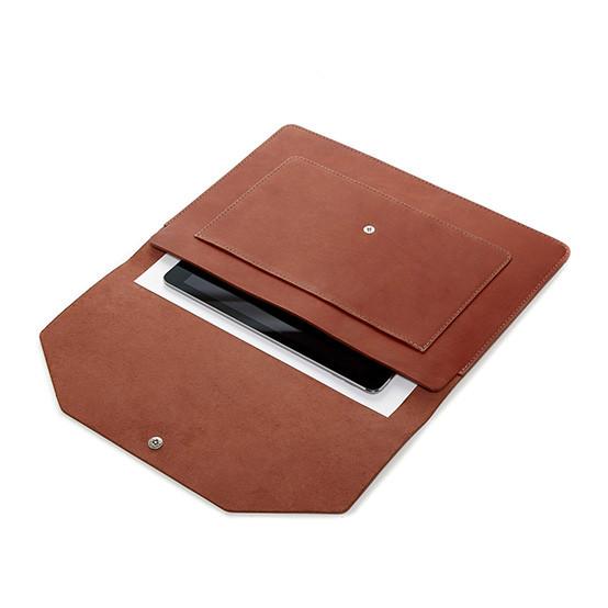 Yuso Folio in Brandy Leather