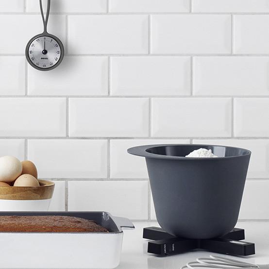 Digital Kitchen Scale in Black