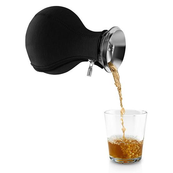 Tea Maker in Woven Black