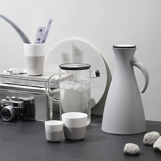 Vacuum Jug in Marble Grey