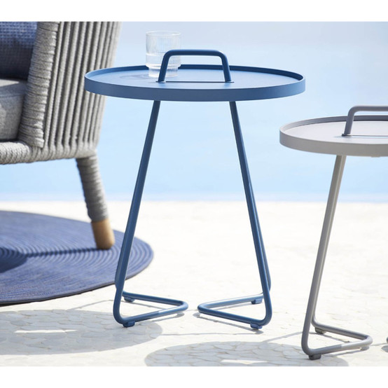 On-The-Move Extra Small Side Table in Black