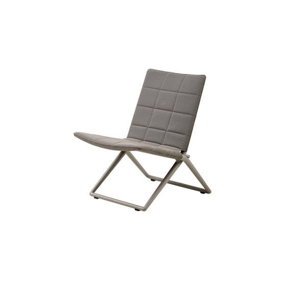 Traveller Folding Lounge Chair in Brown