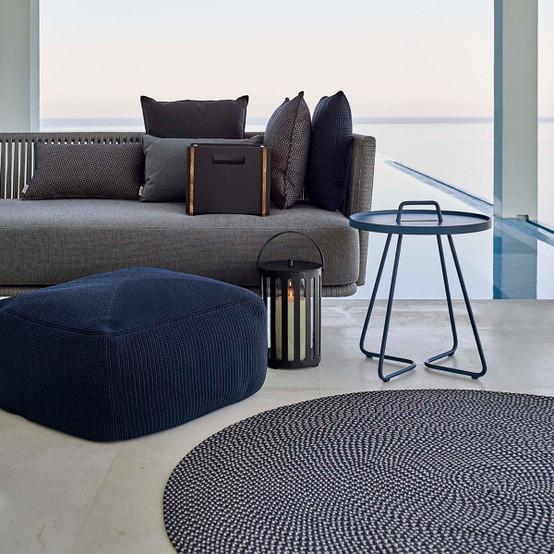 Defined 55 inch Round Outdoor Carpet in Midnight Blue