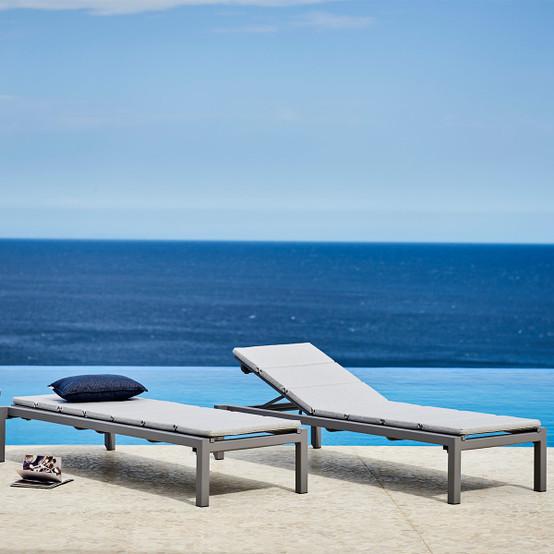 Relax Sunbed Cushion in Light Grey Sunbrella Natte