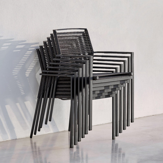 Edge Chair in Anthracite