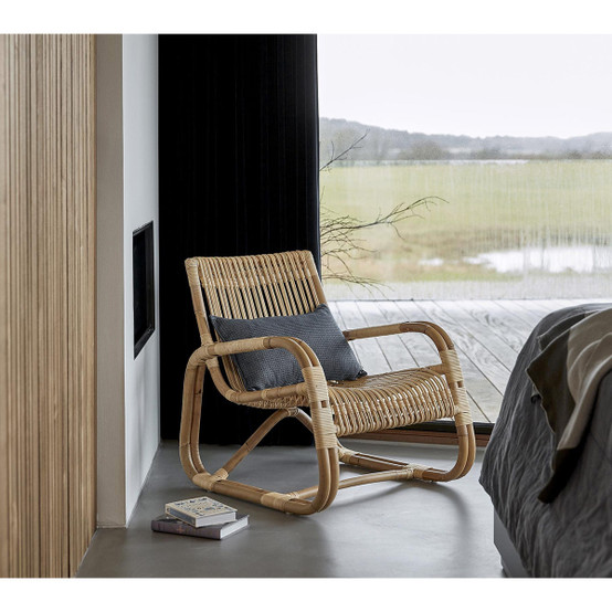 Curve Lounge Chair in Natural