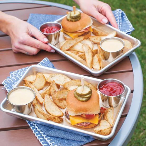 Burger Serving Trays, Set of 2