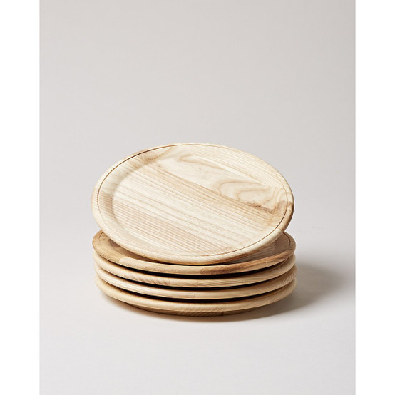 Crafted Wooden Plate in Natural