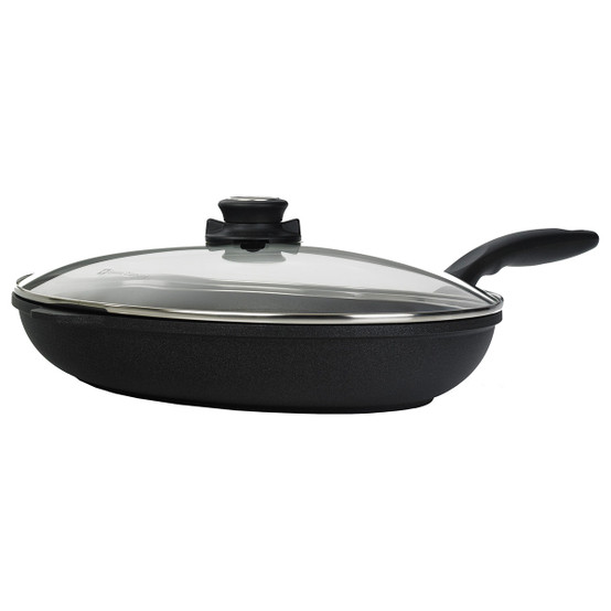 "XD Nonstick Oval Fish Pan with Lid- 10.25"" x 15"""