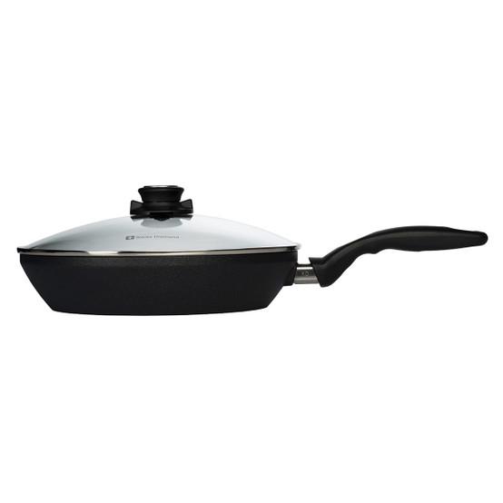 """XD Edge Stir Fry Pan w/ Lid - 11"""""""