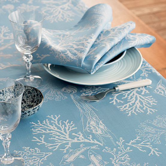 Mille Coraux Coated Tablecloth in Océan