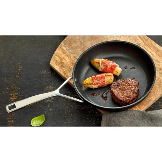 Demeyere Alu Pro 8 Aluminum Nonstick Fry Pan