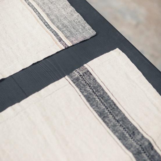 Thompson Napkin in Black Stripe