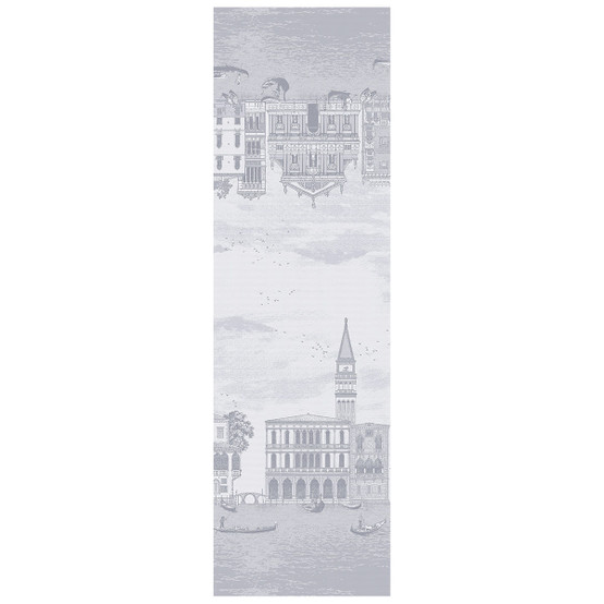 Veneziano Green Sweet Coated Table Runner in Sfumato