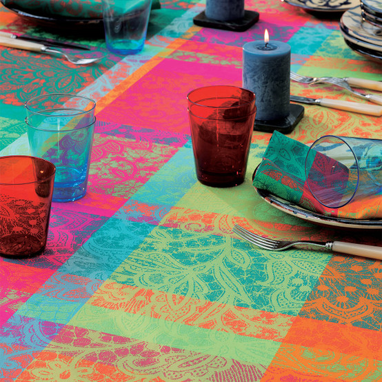 Mille Dentelles Floralies Coated Tablecloth