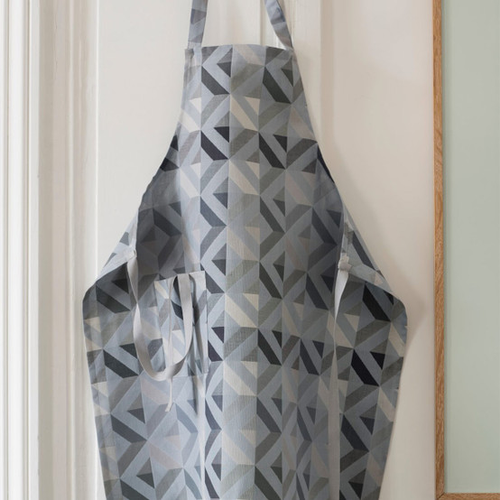 Mille Twist Coated Apron in Asphalte