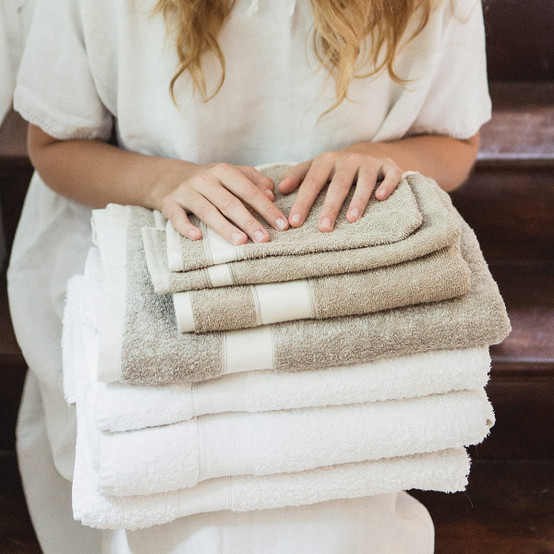 Simi Bath Towel in Optic White