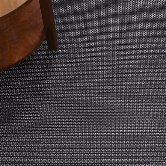 Strike Floor Mat in Black