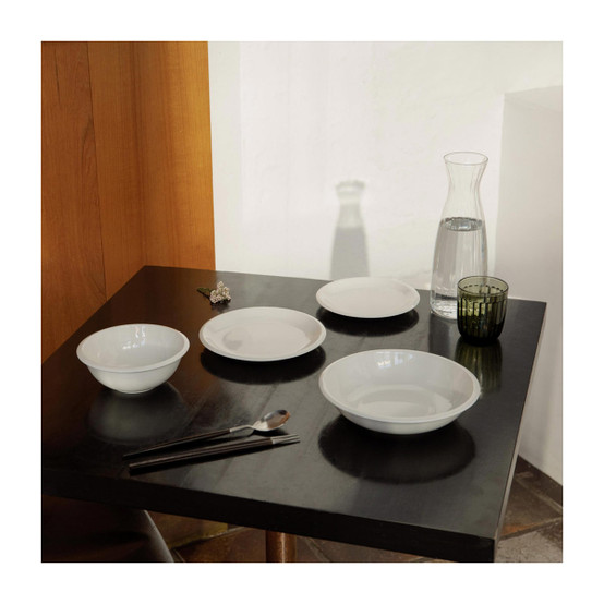 Raami Deep Plate in White