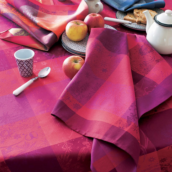 Mille Couleurs Pivoine Coated Fabric (Price/Inch)