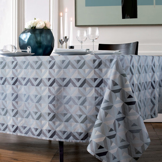 """Mille Twist 59"""" Round Coated Tablecloth in Asphalte"""