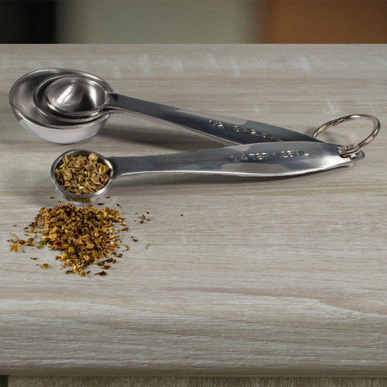 Set of 4 Measuring Spoons in Silver