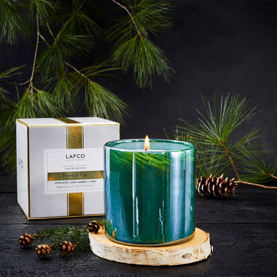 15.5 Oz Frosted Pine Signature Candle