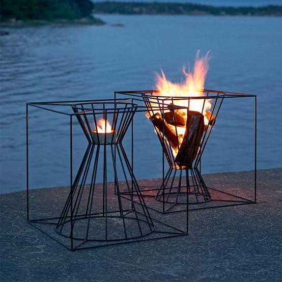 Boo Fire Basket in Black
