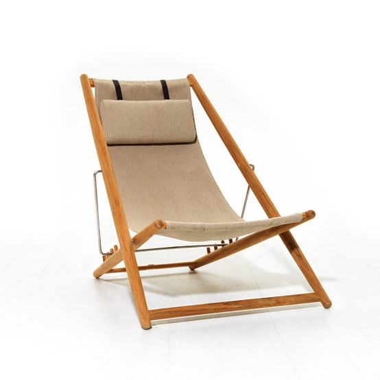 H55 Lounge Chair with Beige Heritage Papyrus Fabric