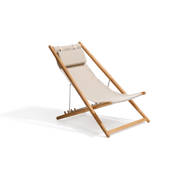 H55 Lounge Chair with Light Grey Heritage Ashe Fabric