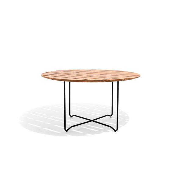 Grinda Round Table in Teak