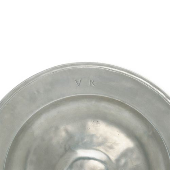 Round Platter with engraved VR
