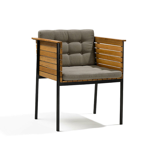 Häringe Armchair with Black Stainless Steel Frame