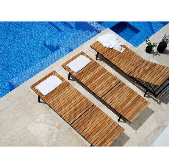 Häringe Sun Lounger with Brushed Stainless Steel Frame