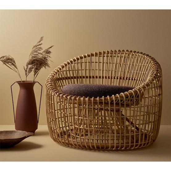 Nest Indoor Round Chair Cushion in Dark Bordeaux