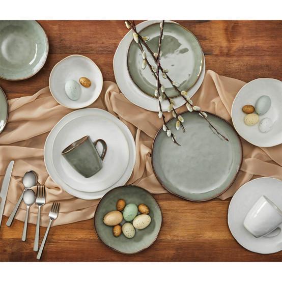 Burlington Dinner Plate in Moss Glen