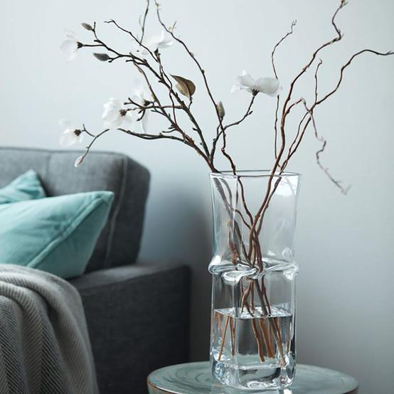 Large Woodbury Twist Vase