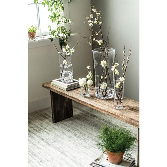 Woodbury Petite Vase