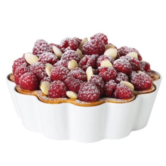 Patisserie clafouti or pie dish