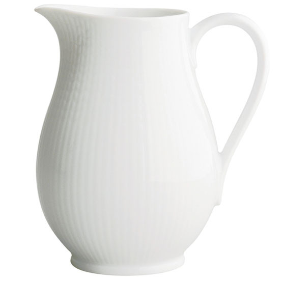 Swedish Grace Pitcher in Snow