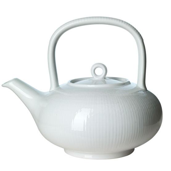 Swedish Grace Tea Pot 1.5 qt Snow